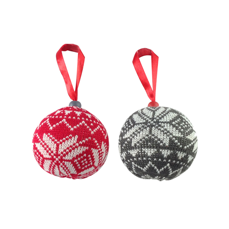 Christmas Knitted Ball Ornaments