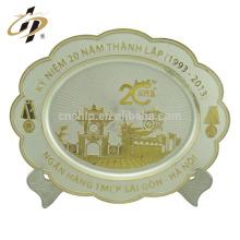 Plaque en métal or cadeaux décoratifs décoratifs personnalisés en argent plaque retour en métal à vendre