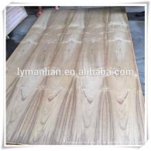Contreplaqué de teck Fancy 4 * 8 en bois dur Core dans la ville de Linyi