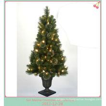 ПВХ Новогодняя светодиодная конусная светлое дерево