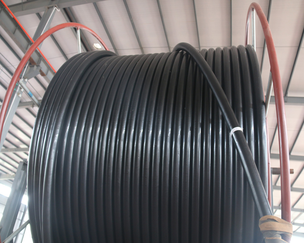 Reinforced Flexible Composite Hose