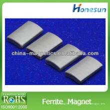 Y35 спеченные ферритовый магнит блок