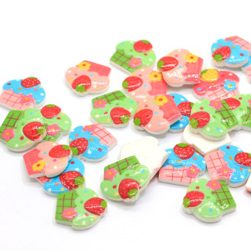 2019 Venta caliente Mini resina Flatback Ice Cream Cupcake Cabochon Flat Back Dollhouse Miniaturas Cupcake Food Button Slime Charms