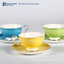 Pure Color Hotel verwendet Gold Rim Runde Form Fine Bone China Tee Cup und Untertasse Sets, Cup mit Coaster Attached