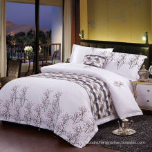 Made in China European Style Cotton Custom Printed Hotel Bedding Set