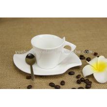 Bulk Keramik Silber Teetassen und Untertassen billig.
