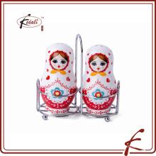Diseño de muñeca europea de cerámica sal y pimienta con estante