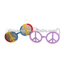 Gafas de sol encantadoras del partido de la diversión de la Navidad 2013
