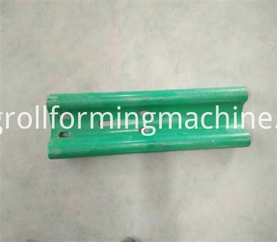 Highway Crash Barrier Forming Machine