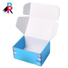 Blaues kundenspezifisches gedrucktes Schuhkarton, das korrugierte Kästen versendet