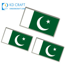 Factory direct sale custom square shaped metal soft enamel epoxy nickel plating pakistan flag badge with adhesive