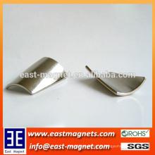 Slopping Fliese der Segmentform Neodym Permanent Magnet für Motor Assemblies / Rake Winkel ndfeb Magnet zum Verkauf