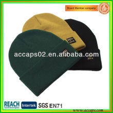 Branded beanies simple style with label BN-2648