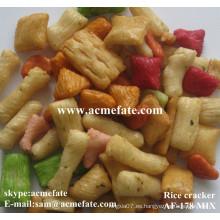 Bocadillo japonés de galletas de arroz para parites y mercados