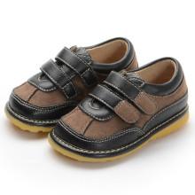 Black Brown Wildleder Haken & Loop Quietschen Schuhe Boy