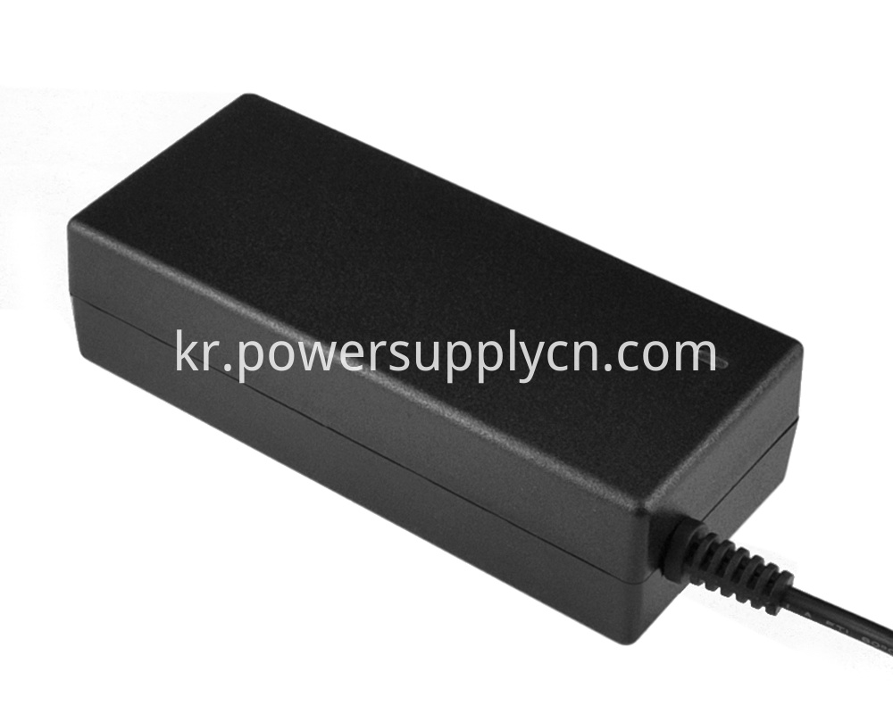 70W power adapter