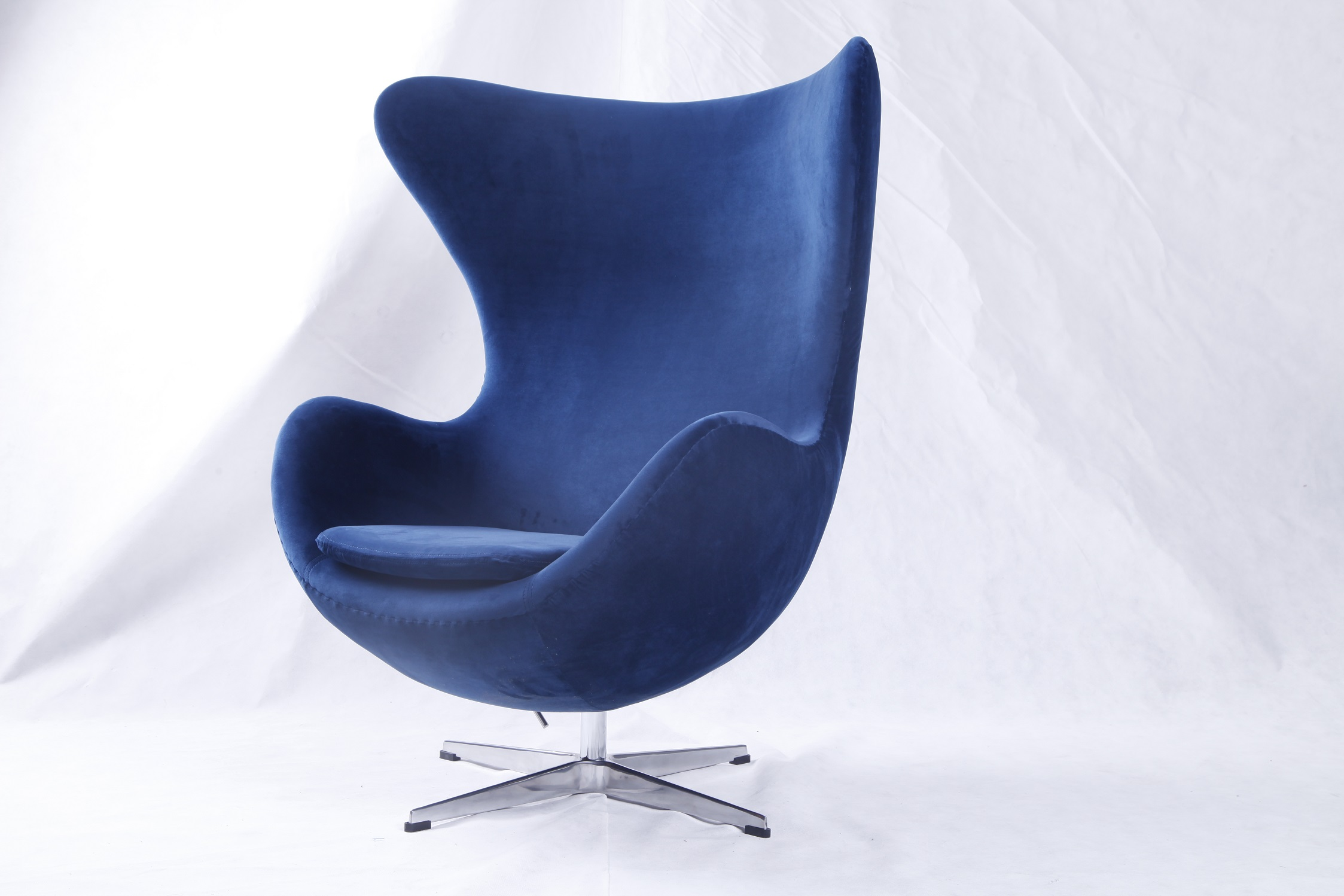 arne jacobsen egg chair replica blue velvet