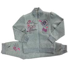 Camisola das crianças do velo da alta qualidade com bordado na roupa das crianças para ternos Swg-101 do esporte