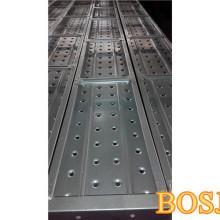 Tablones de andamiaje galvanizados usados para el marco de la construcción