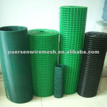 superior low carbon welded wire mesh fence in roll