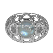 Lovely Rainbow Moonstone Gemstone 925 Sterling Silver Ring