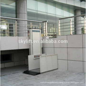 Small home lift for disable people and elderly people