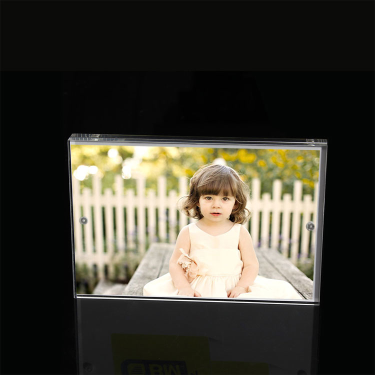 Clear Photo Frames