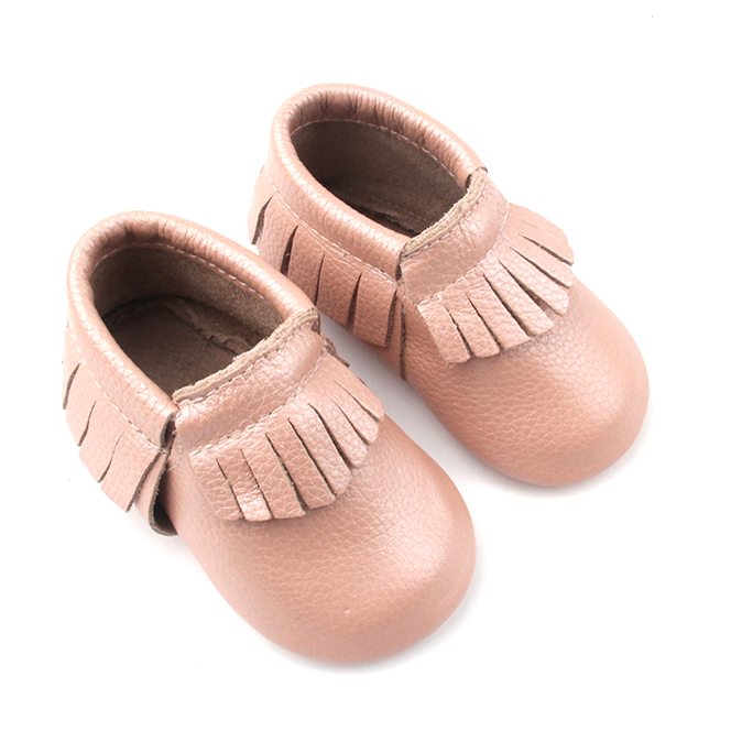 Shenzhen Wholesale Leather Cute Baby Girl Shoes Moccasins