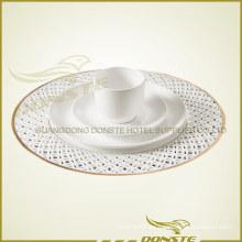 Placas de cerámica teñidas Serie de placas de combinación de mesa dorada