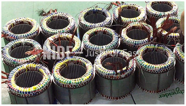 Stator-final-forming-machine-with-upender91