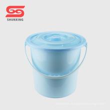 Balde plástico de água para uso doméstico doméstico de alta qualidade com tampa