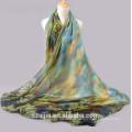 A forma nova imprimiu o lenço / o xaile de seda da praia do sol