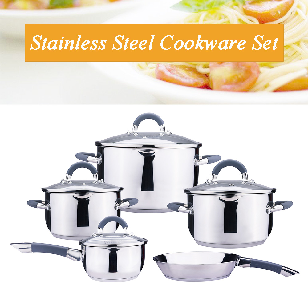 stock pot with strainer