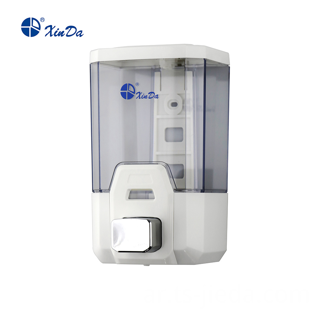 Automatic supply of soap dispenser