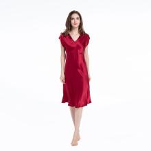 Chemise de nuit en soie à manches courtes et col en V Chemise de nuit de luxe