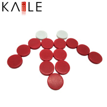 Roter und weißer Schach-Backgammon-Plastikschachspiel