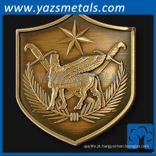 personalize moedas de metal, moeda de desafio personalizada em forma de escudo da Força Multinacional