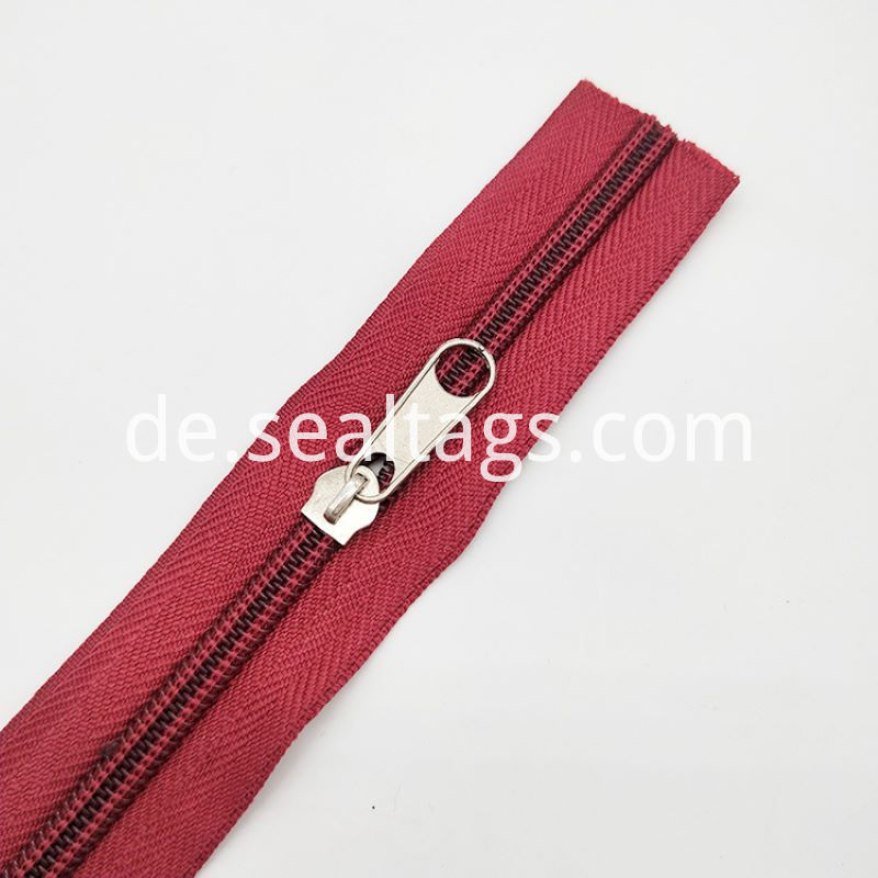 Zippers For Nylon Sheeting