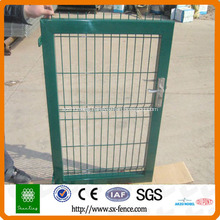 Folded wire mesh fence gate
