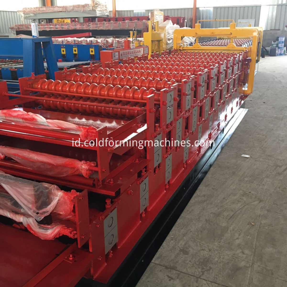 Three layer roll forming machine 4