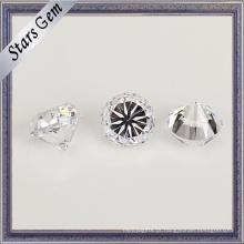 A estrela redonda transparente branca cortou a pedra preciosa pesada de CZ