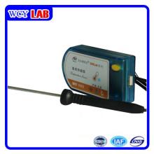 Sensor de temperatura de puerto USB sin pantalla de enseñanza en el laboratorio digital