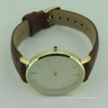 Мода очарование водонепроницаемый кожаный материал и пол унисекс часы