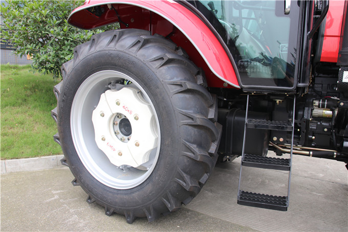 90hp High Chassis Farm Tractor