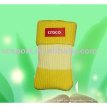 knitted cellphone pouch