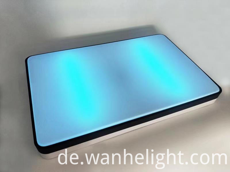 UV Disinfection Light 32
