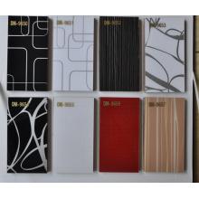 Panel acrílico MDF de alto brillo en color sólido y color diseñado (ZHUV)