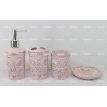 Glasiertes Badezimmer-Set