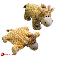 Coussin de girafe adorable en peluche