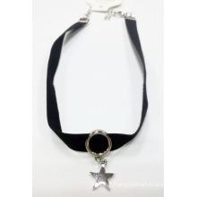 Fashion Jewelry Necklac Choker with Star Charm